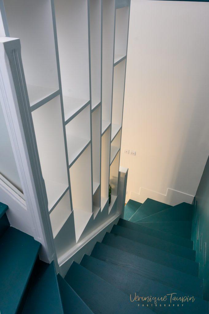 escalier ancien relooké et repeint par Liza Lena