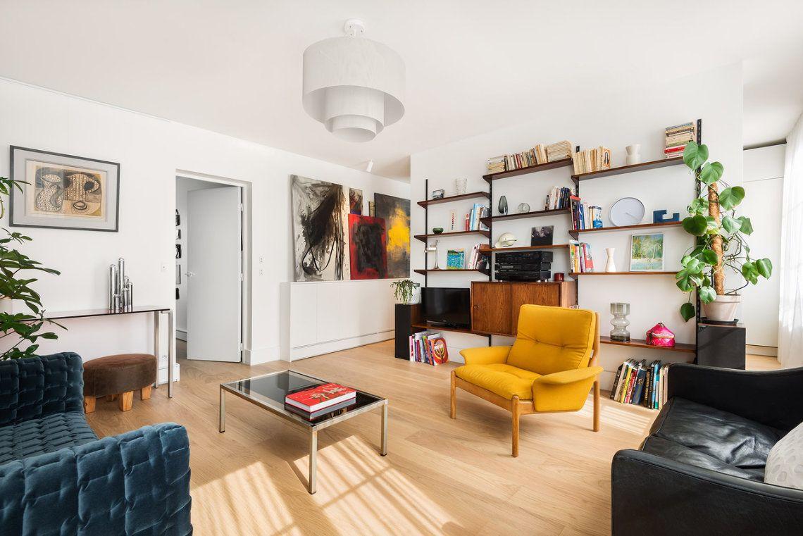 photo d'un salon contemporain avec mobilier vintage décoré par Liza Lena